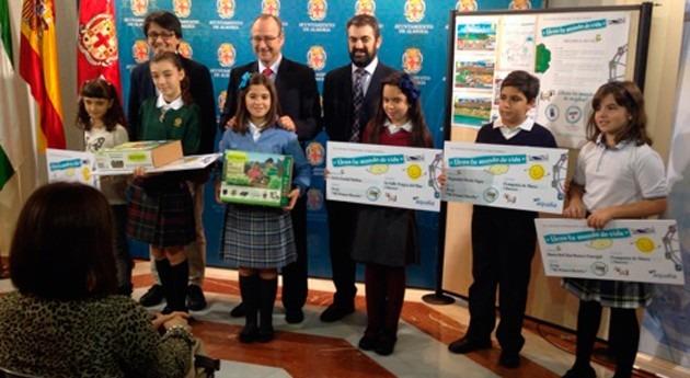 Seis niños Almería, finalistas Concurso internacional dibujo infantil Aqualia