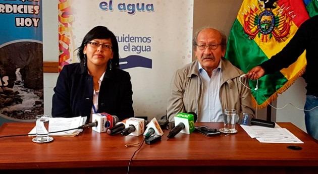 Gobierno Bolivia prohíbe derroche agua potable Carnavales nivel nacional