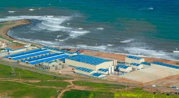 nuevo Ministro Agua y Medio Ambiente Argelia visita desaladora Abengoa Ténès