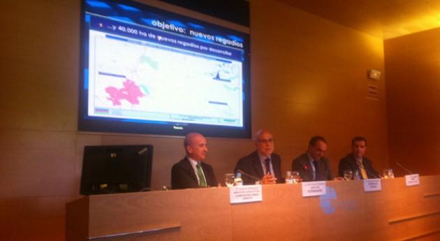 Extremadura es ejemplo planificación regadíos, Gobierno