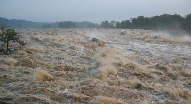 Aguas cargadas de sedimentos en suspensión durante el huracán Isabel que provocó inundaciones en el río Potomac, Virginia (EE UU), en septiembre de 2003. / Paul Bierman (UVM)