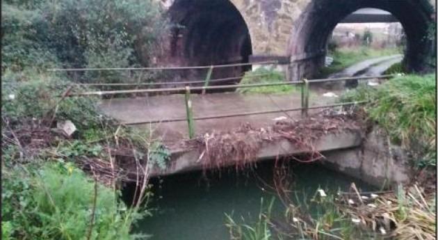 URA retira antigua cobertura Río Granada Valle Trápaga-Trapagaran
