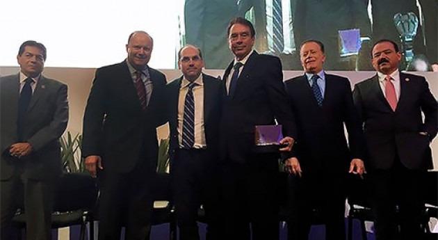 Felipe Arreguín, Director IMTA, recibe Premio al Mérito Aneas trayectoria