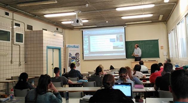 ingeniería DINOTEC imparte ponencia Escuela Técnica Superior Ingeniería (Sevilla)
