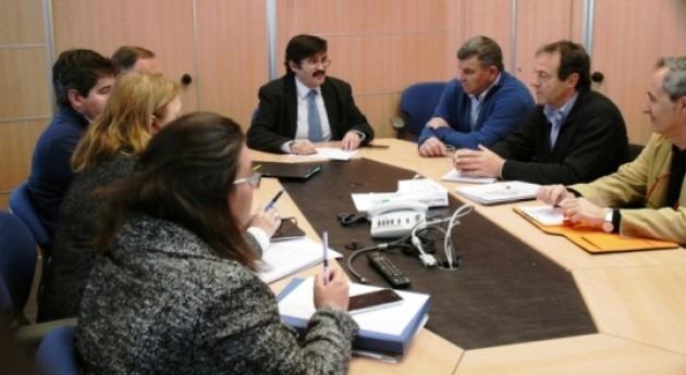 presidente CHE se reúne alcalde Almudévar (Huesca)