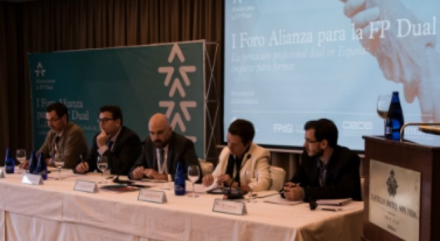 Agbar participa primer Foro Alianza Formación Profesional Dual
