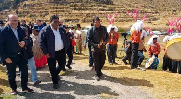 Francia ratifica intención contribuir descontaminación Lago Titicaca