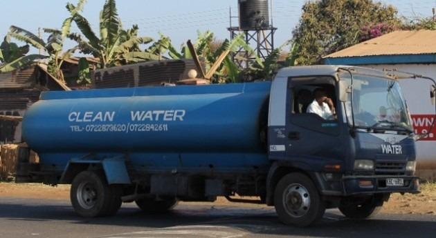 Kenia y agua embotellada
