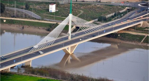 Puente de Andalucía sobre el Guadalquivir (Toni Castillo Quero - Flickr)