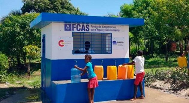 Inauguración trabajos mejora red abastecimiendo agua Mirebalais, Haití