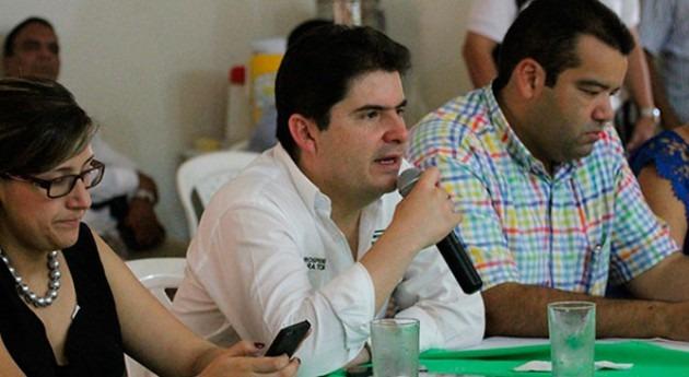 Ministro Henao Cardona durante la jornada de trabajo en Riohacha el pasado 5 de septiembre