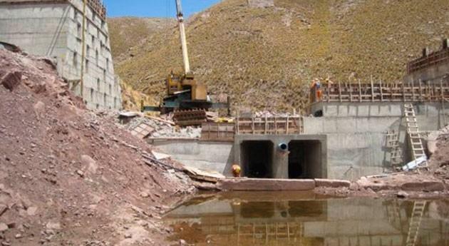 Gobierno boliviano asegura que presa Huayllamarca será entregada este año