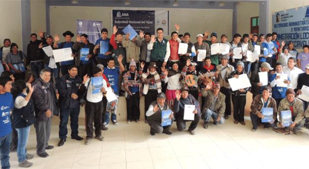 Más 3 mil agricultores huancavelicanos recibieron licencia uso agua fines agrarios