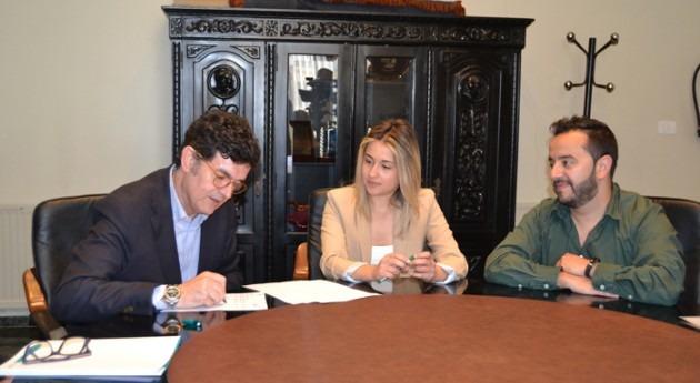 Ayuntamiento Vall d'Uixó y FACSA firman convenio evitar pobreza energética