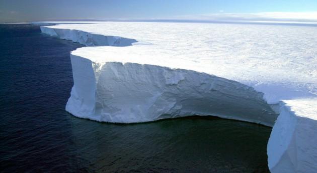gran parte plataforma hielo Brunt Antártida, vías desprenderse