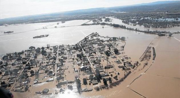 Inundación masiva del río Ebro entre Novillas y Pina del Ebro, 2 de marzo de 2015.
