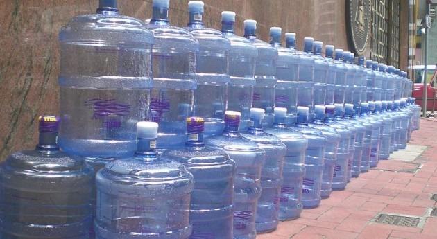 ventas agua envasada España suben 2%, después ocho años descensos