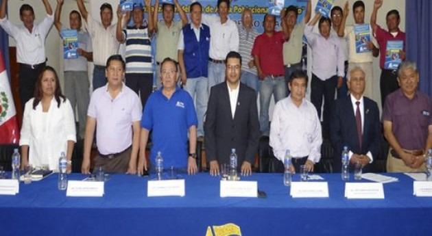 Más 33.000 habitantes Huaral y Canta se benefician entrega licencias uso agua