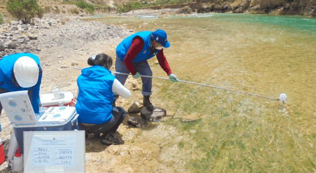 Autoridad Nacional Agua monitorea calidad agua ríos Huancavelica