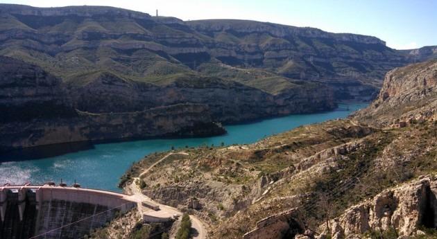 ¿Reflejan correctamente Planes Hidrológicos impacto cambio climático cuencas?