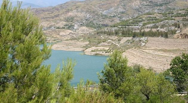 crecida pantano Benívar evita posibles restricciones regantes Poniente