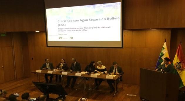 """CAF impulsa crecimiento infancia desnutrición y """"agua segura"""""""