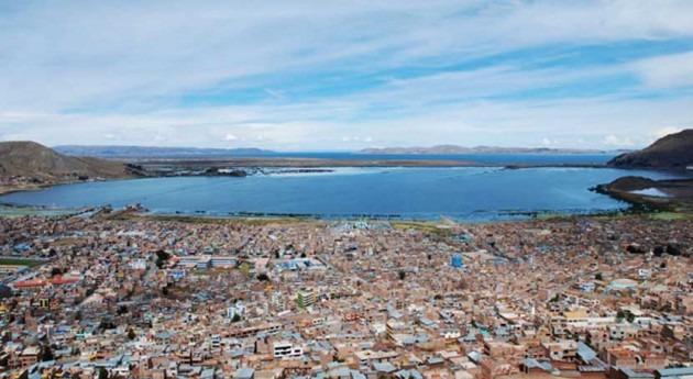 Aqualia y Veolia, interesadas proyecto tratamiento aguas residuales Lago Titicaca