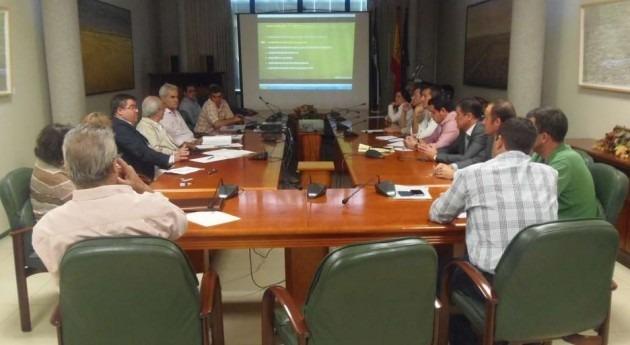 Extremadura entrega anteproyecto zona regable Tierra Barros ayuntamientos zona