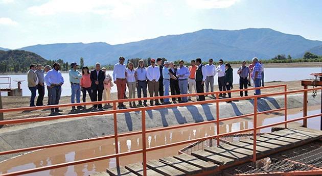 Continúa rehabilitación embalse Comunidad Canal Rinconada y Manantiales Chile