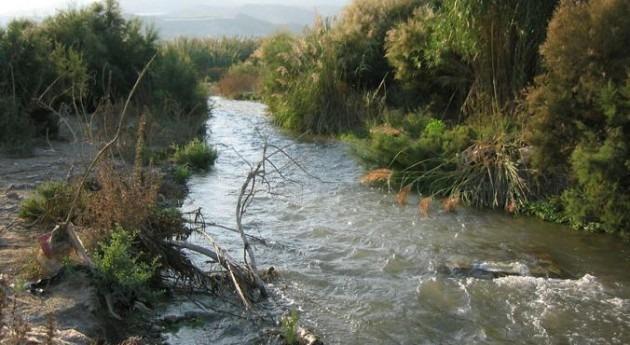 Junta Andalucía confía que Gobierno inicie trámites encauzar río Adra 2015