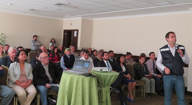 Chile lanza programa nacional capacitación Organizaciones Usuarios Agua