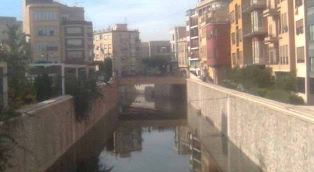 CHS investiga vertido río Segura centro Orihuela