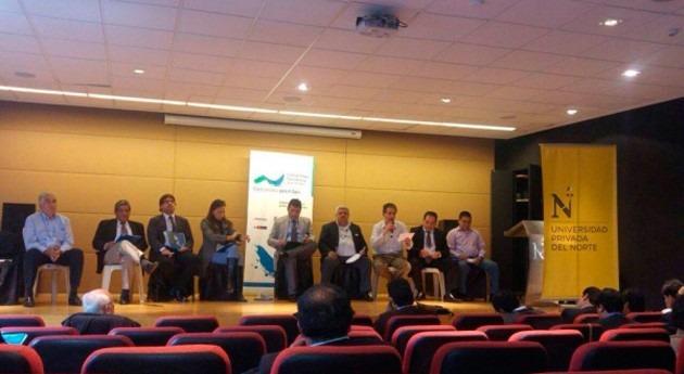 SUNASS coorganizó seminario disponibilidad y gestión sostenible agua y saneamiento
