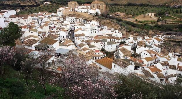 Setenil de las Bodegas (Wikipedia).