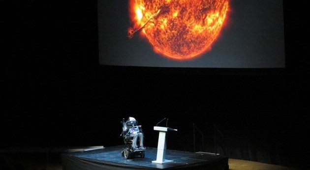 """Stephen Hawking afirma que Tierra """"morirá"""" 200 años culpa cambio climático"""