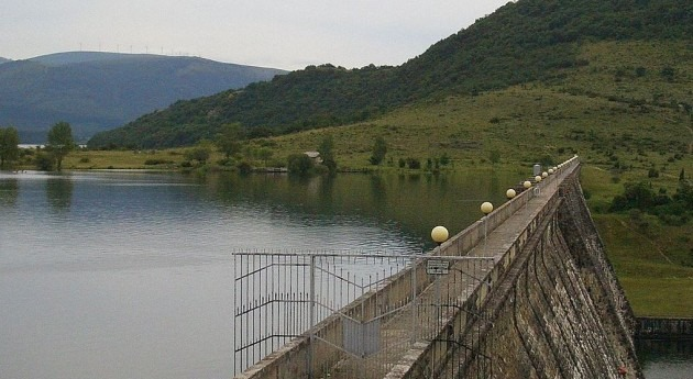 Pantano de Ullibarri (Wikipedia/CC).