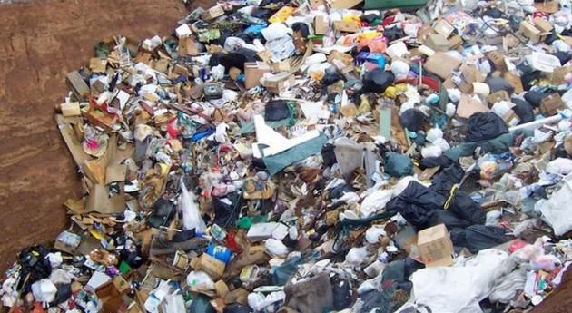 Han tenido lugar filtraciones en el vertedero de Milà (Wikipedia/CC).
