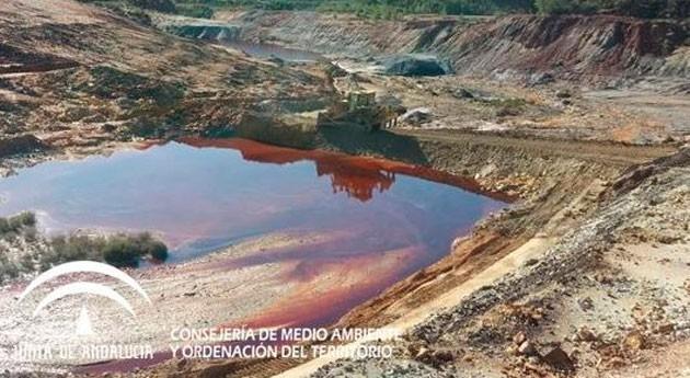 Gobierno andaluz destaca rápida intervención vertido minero Zarza