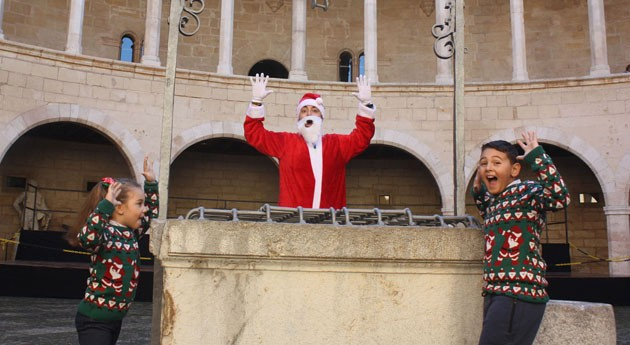 Papá Noel que no llegó chimenea