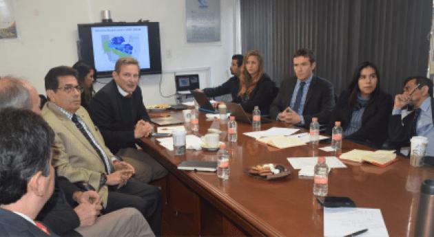 WaterGuide y experiencia Australiana escasez y sequía visitan Baja California