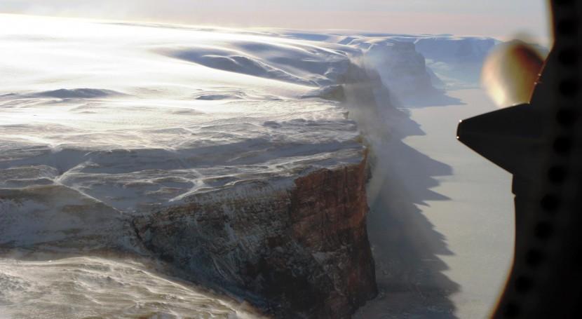 nueva grieta amenaza estabilidad glaciar Groenlandia