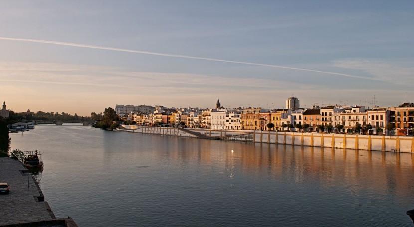 Río Guadalquivir a su paso por Sevilla (wikipedia/CC)