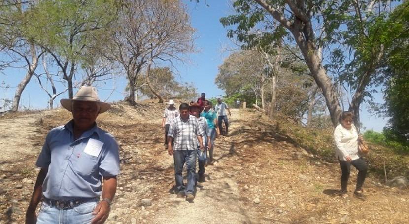 Intercambio experiencias integrantes acueductos comunales Costa Rica