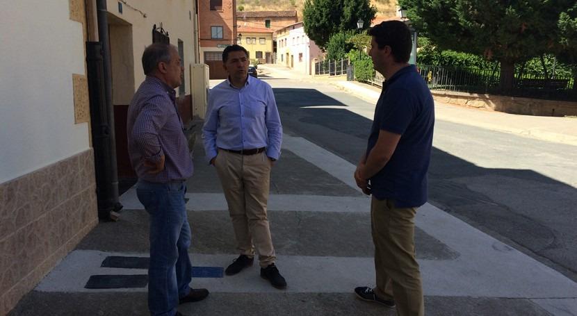 Baños Rioja renueva redes distribución agua potable varias calles