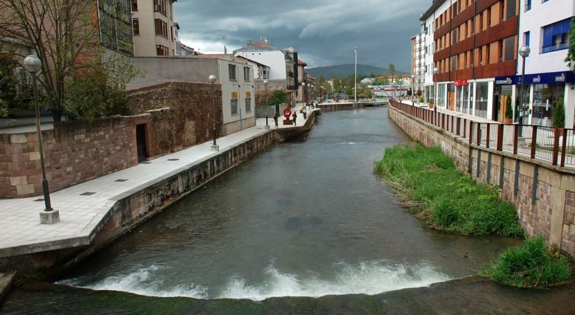 Río Ebro a su paso por Reinosa (wikipedia/CC)