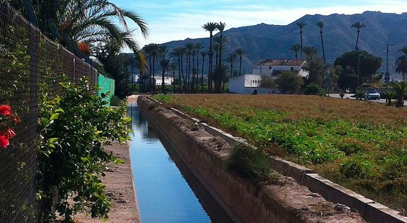 Huermur denuncia vertidos fecales acequia Zaraiche