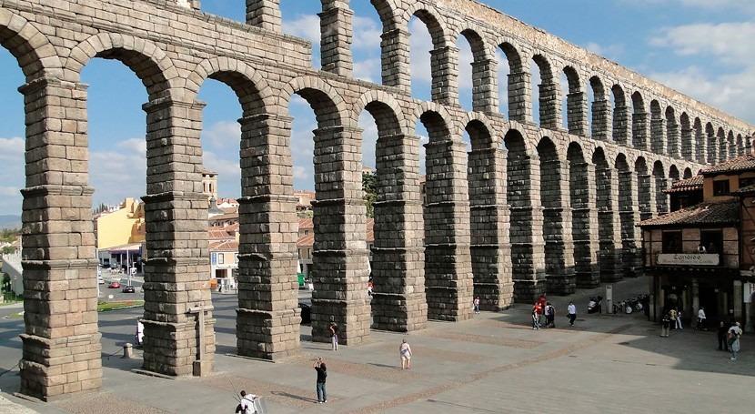 """""""Arqueología Agua"""", excursión que mostrará tramo menos conocido Acueducto Segovia"""