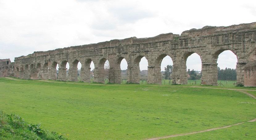Acueductos. orgullo Roma