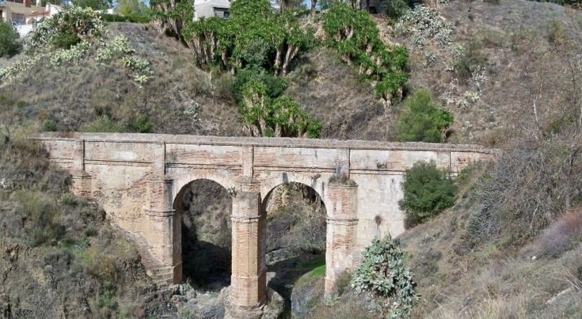 Acueducto de San Telmo (Wikipedia/CC).