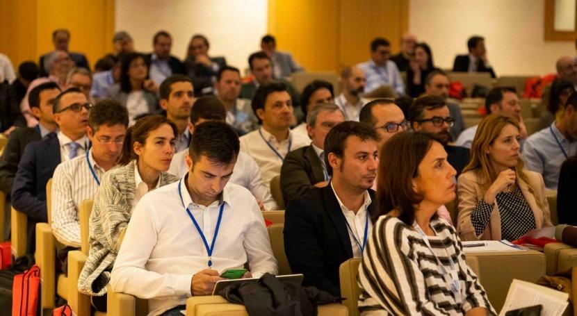 """Clausura gran éxito Jornada Técnica AEDyR """"Materiales y Productos"""""""